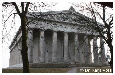 Dr. Kaija Voss, Die Walhalla bei Donaustauf