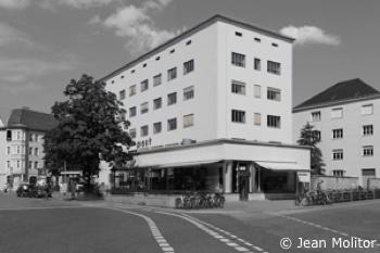 Dr. Kaija Voss, Projekt bau1haus, München, Tela, Post